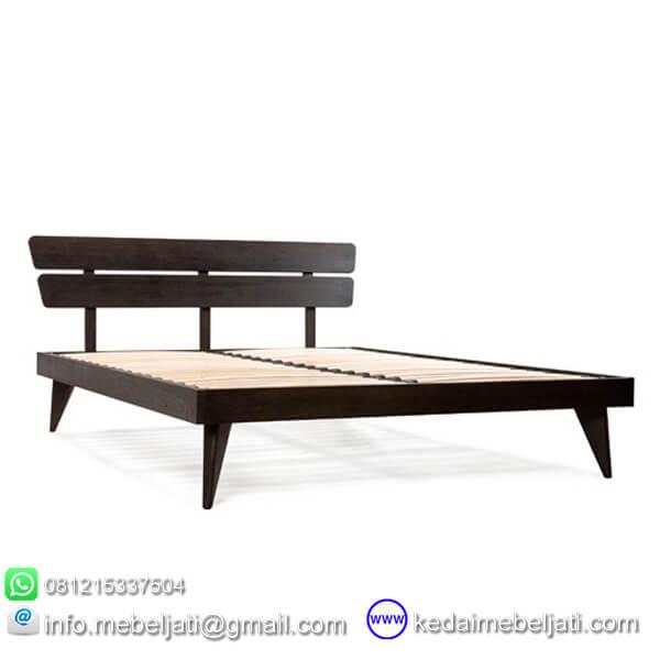 tempat tidur model platform