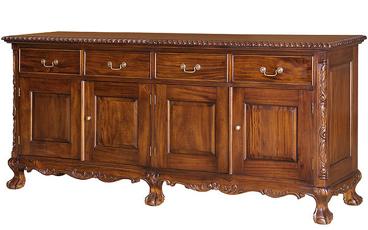 Bufet Model Klasik Chippendale 4 Pintu