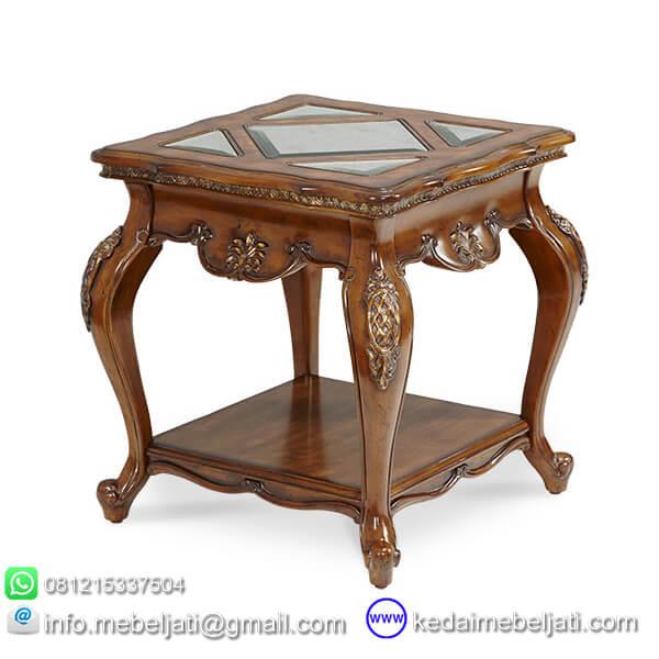 meja ruang tamu klasik