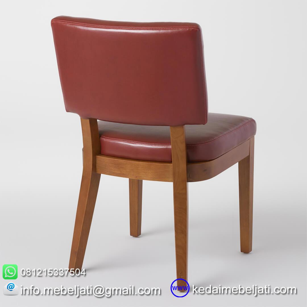 kursi makan jok maroon tampak belakang