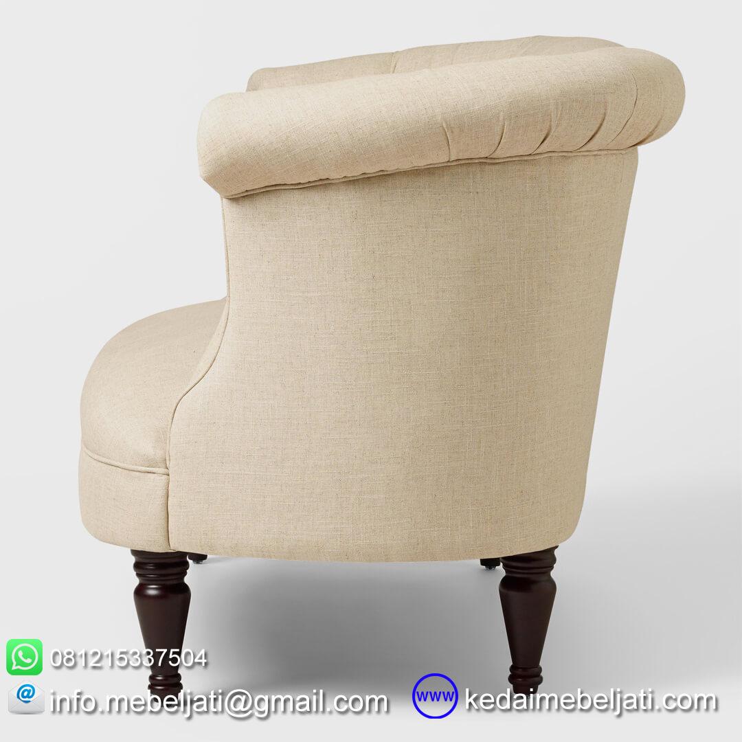 sofa mewah model klasik
