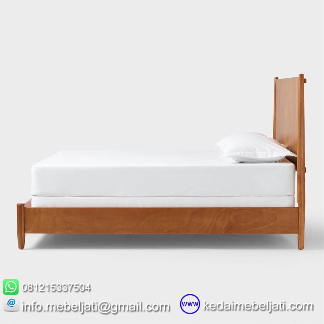 tempat tidur vintage minimalis tampak samping