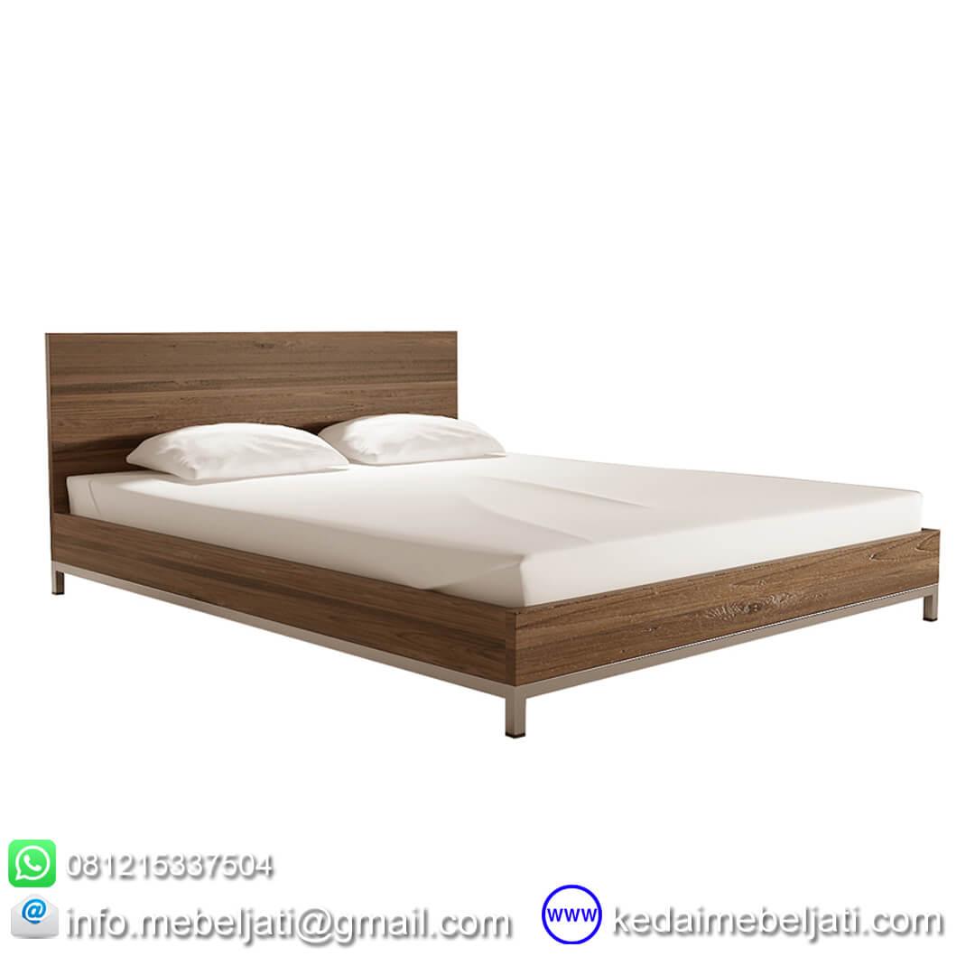 tempat tidur jati minimalis